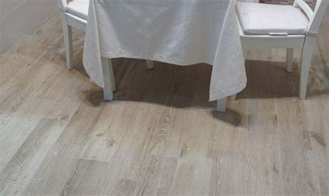 carrelage imitation parquet bois reserve beige carreau de ciment