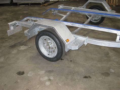 Boat Trailer Pads Or Rollers by Boat Trailer With Pads Or Rollers Ax500p