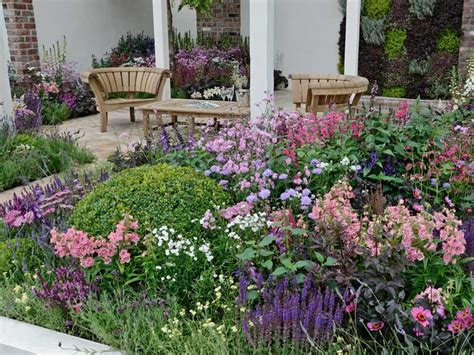 Cottage Garden Design Plants, Structure & Proximity Saga