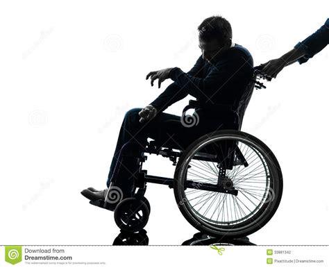 homme handicap 233 handicap 233 en silhouette de fauteuil roulant photographie stock image 33881342