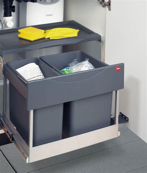 poubelle pour cuisine integree maison design bahbe