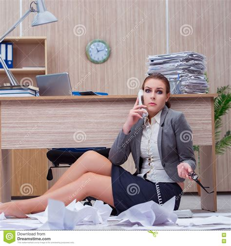 amazing secretaire sous le bureau 13 la manche libre reverba