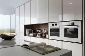 Leicht Küchen Fronten : hochglanz oder matt welche k chenfronten sind pflegeleichter k chenfinder magazin ~ Markanthonyermac.com Haus und Dekorationen