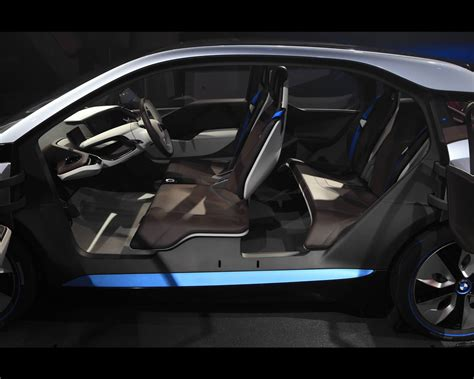 bmw i3 electric with range extender and i8 in hybrid drive concepts 2011