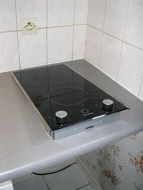 poser une plaque de cuisson encastrable les bricolos