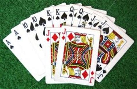 play deck pinochle