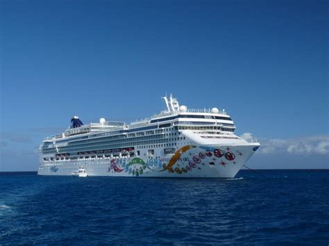 Cruises Miami Aruba by 5 Astounding Aruba Cruises For The Discerning Traveler
