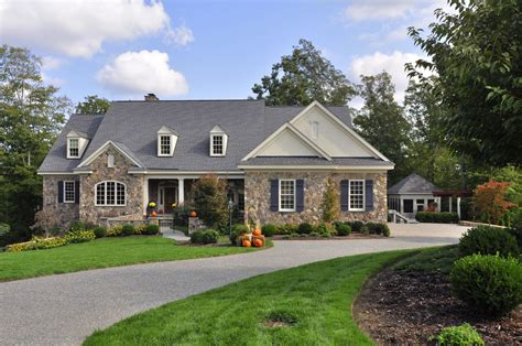 Homes For Sale In Holly Hills, Williamsburg Va