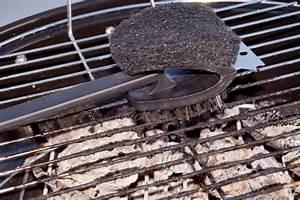 Edelstahl Abzugshaube Reinigen : edelstahl grill reinigen so wird er richtig sauber ~ Markanthonyermac.com Haus und Dekorationen
