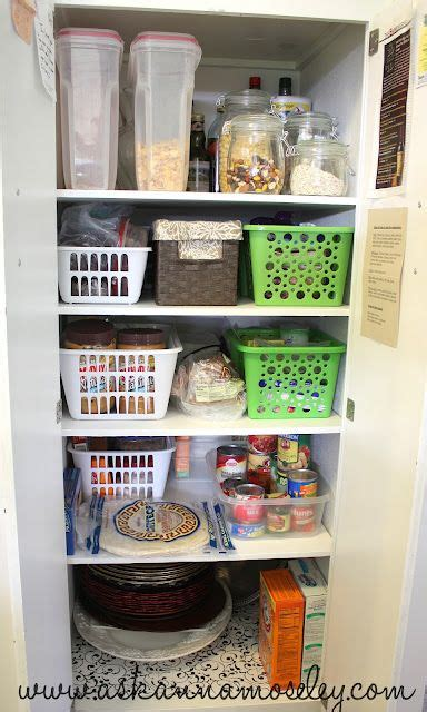 Kitchen Cabinets Organizers Uk by 17 Best Ideas About Pantry Organization On