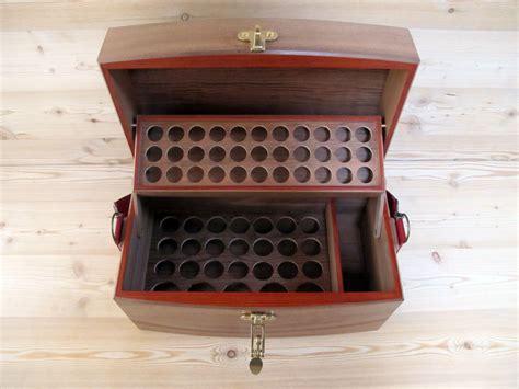 coffret valise pour le rangement des huiles essentielles j 233 r 244 me wlassow eb 233 niste