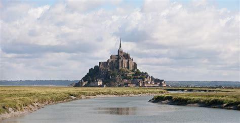 file mont st michel 1 july 2011 jpg wikimedia commons