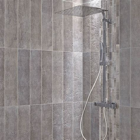 carrelage sol et mur gris vestige l 15 x l 60 cm leroy merlin