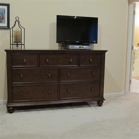 Raymond And Flanigan Dressers by Raymour And Flanigan Bedroom Set Bedroom Set Bedroom