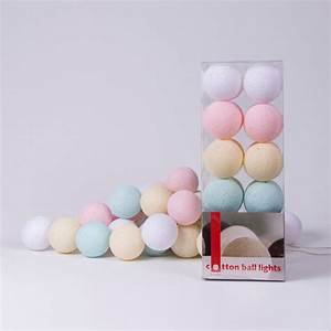 Lichterkette Cotton Balls : pastel fairy lights by cotton ball lights ~ Markanthonyermac.com Haus und Dekorationen