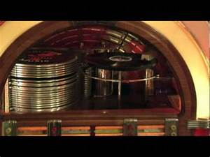 Wurlitzer 1015 bubbler Jukebox 1946/47, 78 rpm - YouTube