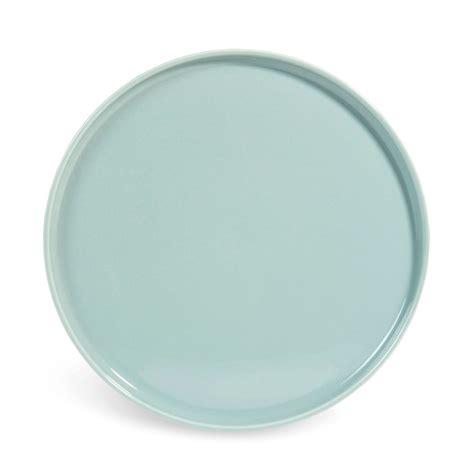 assiette plate en fa 239 ence bleue d 27 cm helsinki maisons du monde