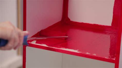comment peindre un meuble avec un effet laqu 233 sur deco fr