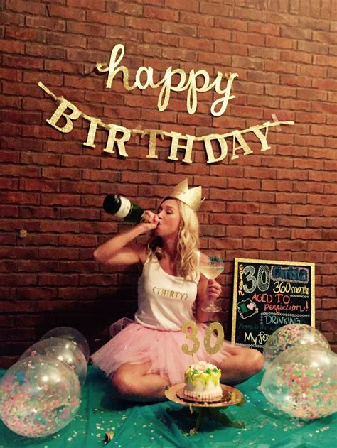 25+ best ideas about 30th Birthday Cakes on Pinterest 30