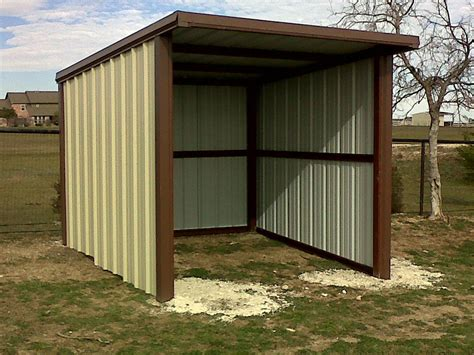 loafing shed
