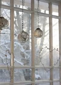 window decorating ideas 55 Awesome Christmas Window Décor Ideas | DigsDigs
