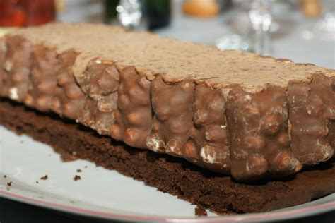 b 251 che tout chocolat aux oursons en guimauve fourchett es
