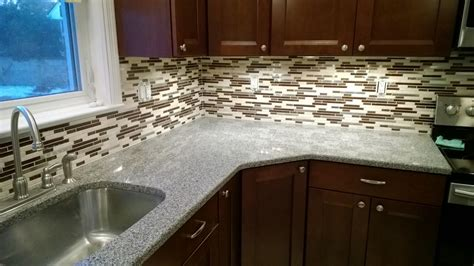 Attractive Glass Backsplash Tiles Ideas — Great Home Decor