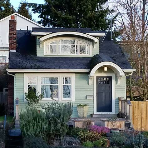 Prince Charming Cottage  Tiny House Living Haus