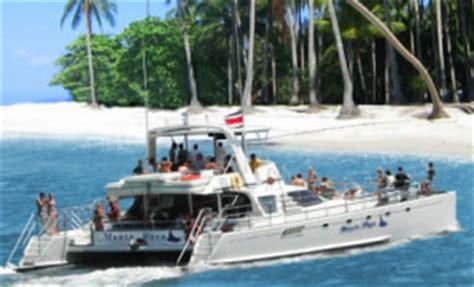 Catamaran Para Isla Tortuga by Paquete Fin De Semana Largo Costa Rica Tours Hotels Y