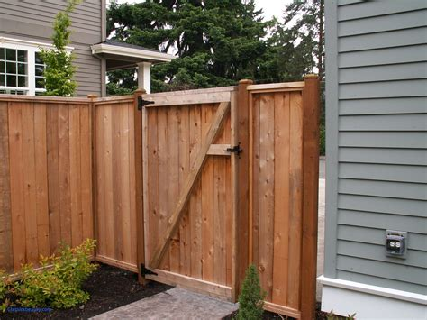 Fence - Gate : Wood Fence Door Design
