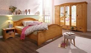 Schlafzimmer Massivholz Landhausstil : home affaire 4 tlg schlafzimmer set konrad mit 5 trg kleiderschrank bett 180 200 cm und 2 ~ Markanthonyermac.com Haus und Dekorationen