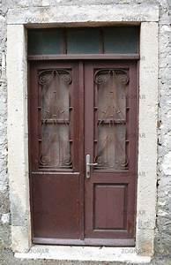 Alte Tür Deko : ber ideen zu alte haust ren auf pinterest haust r alte t ren und reihenhaus ~ Markanthonyermac.com Haus und Dekorationen
