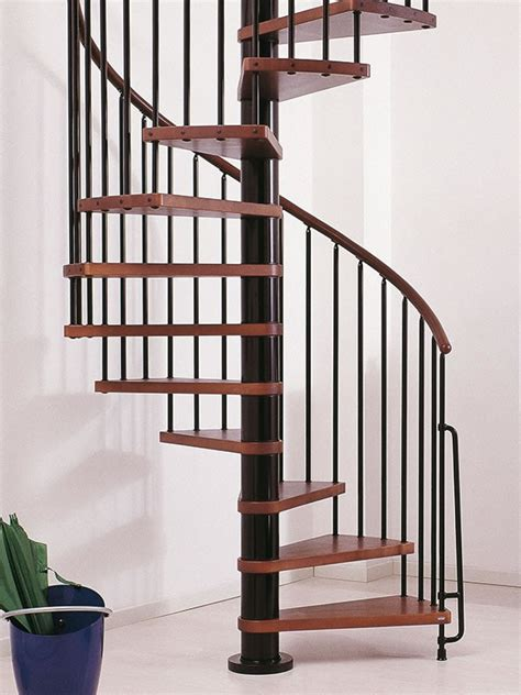 escalier h 233 lico 239 dal ark 232 klan en acier et h 234 tre massif 216
