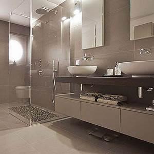 Badezimmer Fliesen Ideen Grau : die 25 besten ideen zu badezimmer braun auf pinterest wohnwand braun braunes haus und ~ Markanthonyermac.com Haus und Dekorationen
