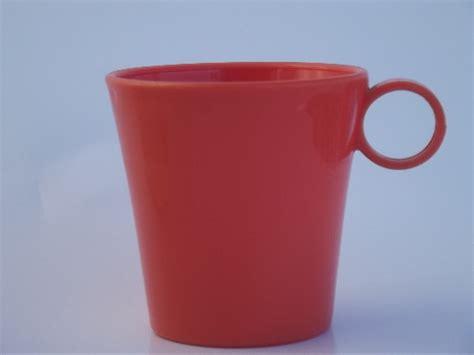 Vintage melmac coffee mugs, retro cups in pastel coral, aqua, green