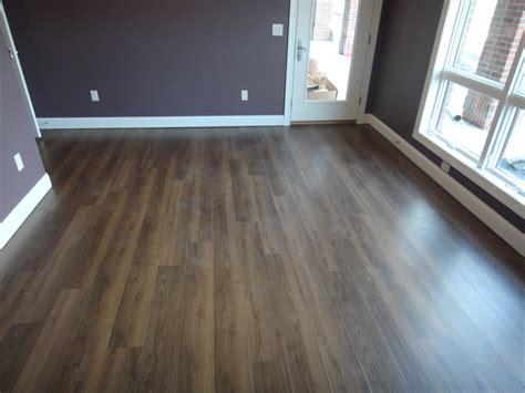 floor trafficmaster glueless laminate flooring