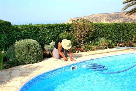 co 251 t annuel d entretien d une piscine