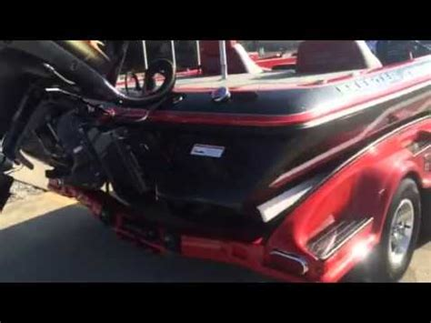 Phoenix Bass Boats Vs Skeeter by 2011 Skeeter Fx21 Doovi