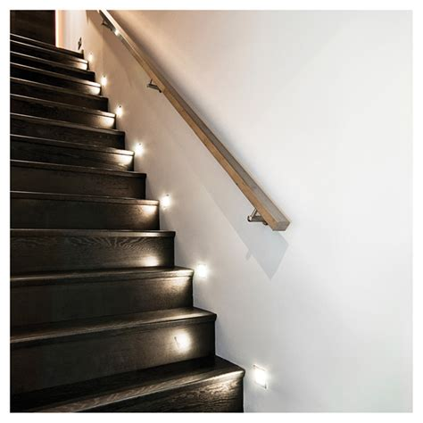 bazz luminaire encastr 233 pour escalier 1 5w blanc r 233 no d 233 p 244 t