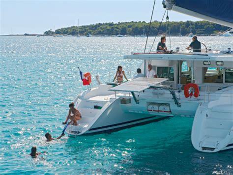 Catamaran Hawaii Big Island by Kona Luxury Sailing Catamaran Dolphin Watch Snorkel