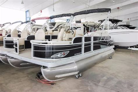 Craigslist Boats For Sale Victoria Texas by Silver Wave New And Used Boats For Sale