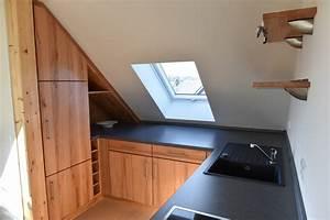 Küche In Dachschräge : naturholzk che in der dachschr ge in kernbuche ~ Markanthonyermac.com Haus und Dekorationen