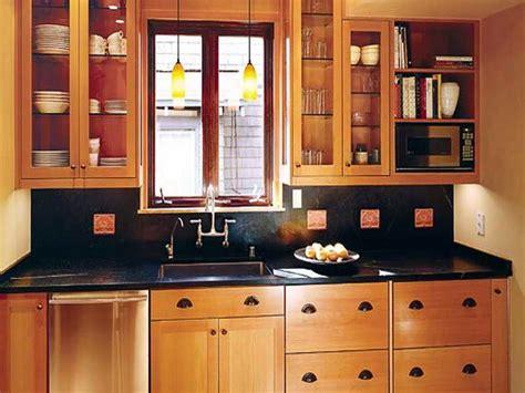 Small Kitchen Makeovers : Small Kitchen Makeovers On A Budget Kitchen
