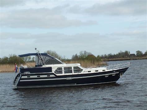 Verhuur Motorjacht by Yachtcharter De Waterpoort Diverse Motorjachten In De