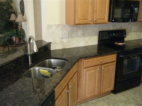 The 25+ Best Quartz Countertops Cost Ideas On Pinterest Painted Vs Stained Kitchen Cabinets Steps For Organizing Diy Build Your Own Donating To Habitat Humanity Cabinet Doors Replacement Home Depot Pictures Of White With Appliances 2 Drawer Base Pricing