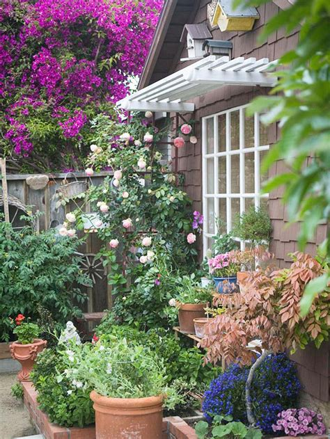 Landscaping Tips For Smallspace Cottage Gardens