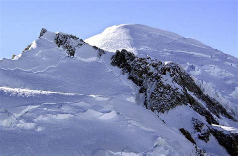 le mont blanc perd plus d un m 232 tre de hauteur