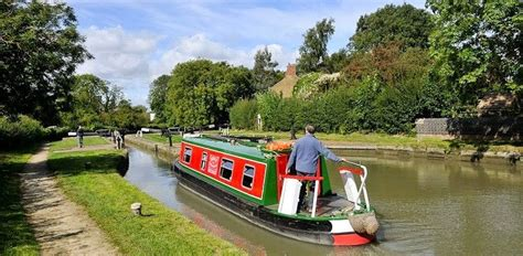 Rent Canal Boat London by Uk Canal River Cruising Rings Boating Holiday Ring Routes