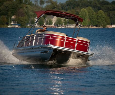 Party Boat Rental Lake Keowee by 25 Best Ideas About Best Pontoon Boats On Pinterest