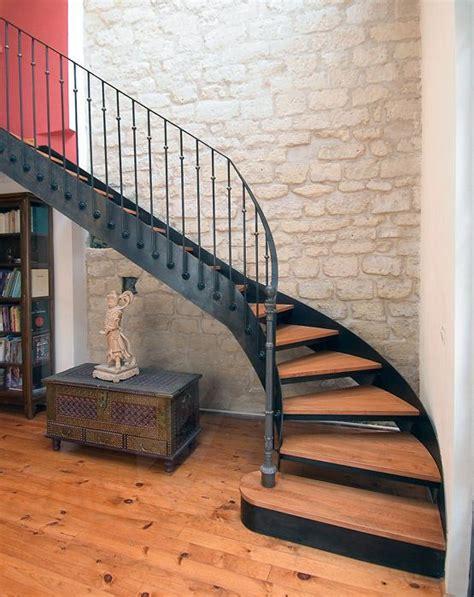 25 best ideas about escalier quart tournant on escalier design garde corps bois